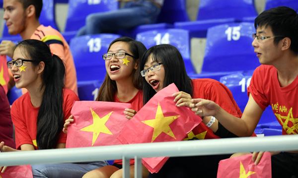 ĐT Futsal Việt Nam lần đầu vào vòng 1/8 World Cup: Hành trình quả cảm và giàu cảm xúc - Ảnh 3.
