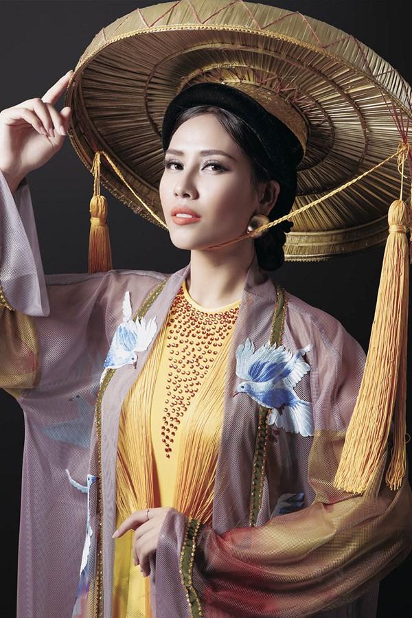 Ngây ngất với vẻ đẹp của Nguyễn Thị Loan trong tà áo tứ thân - Ảnh 3.