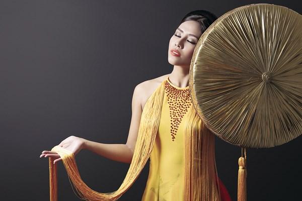 Ngây ngất với vẻ đẹp của Nguyễn Thị Loan trong tà áo tứ thân - Ảnh 1.