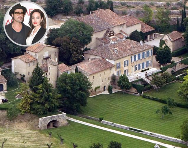 Những căn biệt thự xa hoa của cặp đôi Brad Pitt - Angelina Jolie - Ảnh 1.