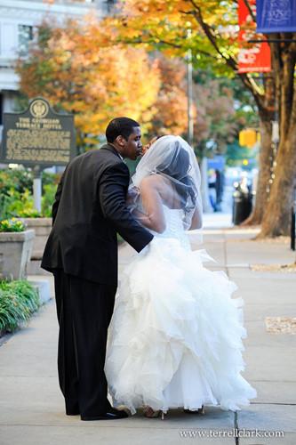 Những bức ảnh cưới tuyệt đẹp mang màu sắc của mùa thu - Ảnh 7.