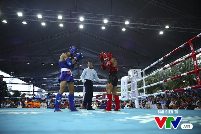 ABG 2016: Độc cô cầu bại Nguyễn Trần Duy Nhất ngạo nghễ trên sàn đấu Muay Thái - Ảnh 11.