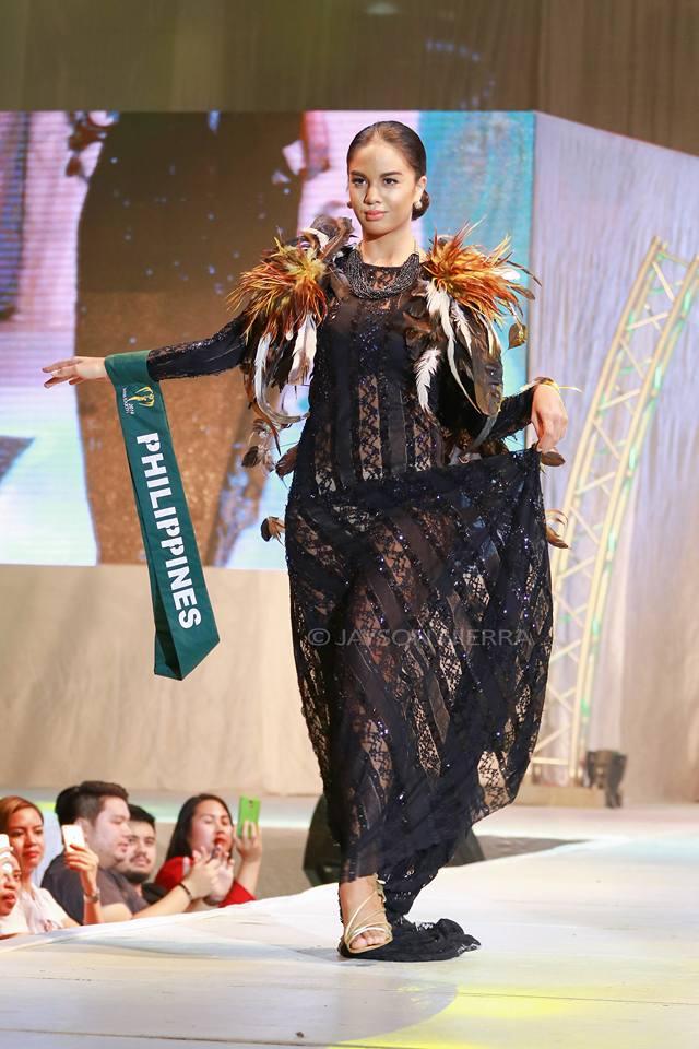 Những bộ cánh thời trang kém đẹp tại Hoa hậu Trái đất 2016 - Ảnh 8.