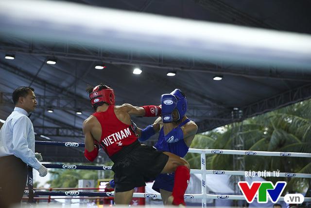 ABG 2016: Độc cô cầu bại Nguyễn Trần Duy Nhất ngạo nghễ trên sàn đấu Muay Thái - Ảnh 13.