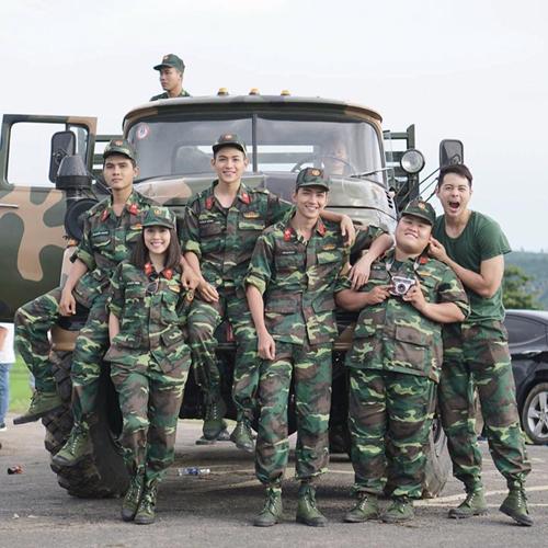 Phim mới của Angela Phương Trinh gây sốt với dàn quân nhân điển trai - Ảnh 6.