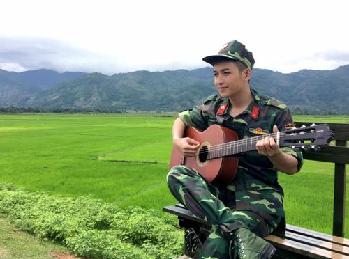 Phim mới của Angela Phương Trinh gây sốt với dàn quân nhân điển trai - Ảnh 4.