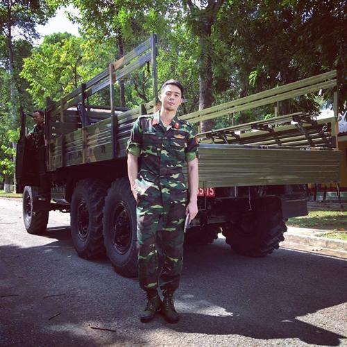 Phim mới của Angela Phương Trinh gây sốt với dàn quân nhân điển trai - Ảnh 3.
