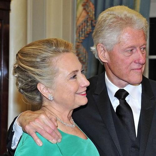 Thời trang tóc của bà Hillary Clinton thay đổi qua năm tháng - Ảnh 14.