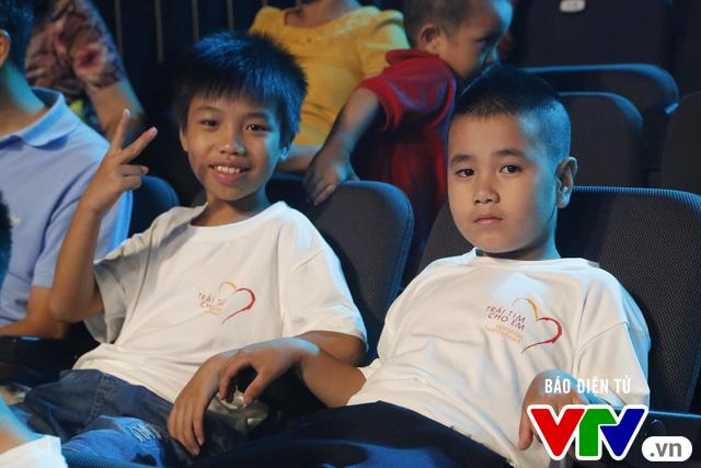Gala 8 năm Trái tim cho em: Chung tay giúp đỡ các em nhỏ mắc bệnh tim bẩm sinh - Ảnh 1.