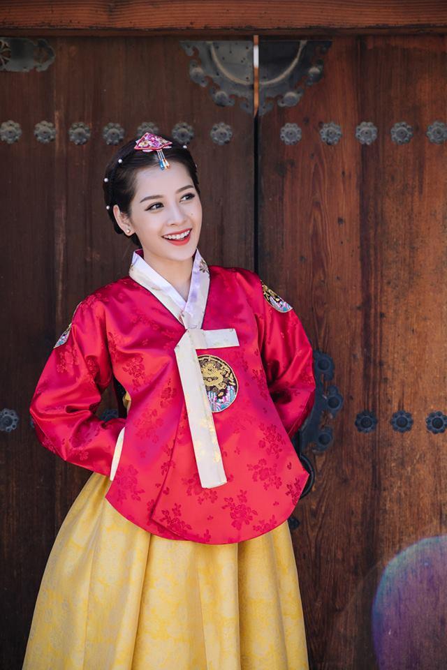 Chi Pu hóa tiểu công chúa tại Hàn Quốc - Ảnh 4.