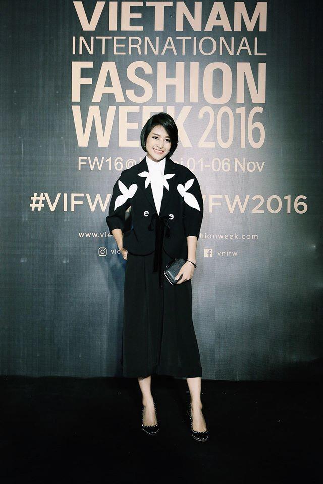 MC Phí Linh cá tính, đầy biến hóa tại Vietnam International Fashion Week - Ảnh 7.
