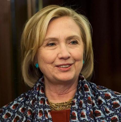 Thời trang tóc của bà Hillary Clinton thay đổi qua năm tháng - Ảnh 15.