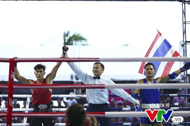 ABG 2016: Độc cô cầu bại Nguyễn Trần Duy Nhất ngạo nghễ trên sàn đấu Muay Thái - Ảnh 18.