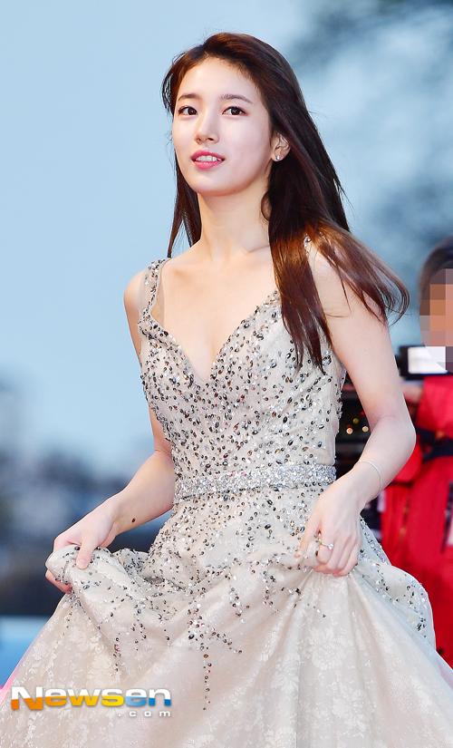 Suzy, Yoona đọ sắc với váy bồng công chúa - Ảnh 2.