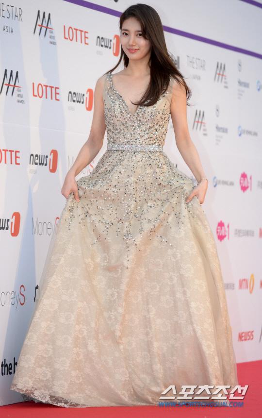 Suzy, Yoona đọ sắc với váy bồng công chúa - Ảnh 3.