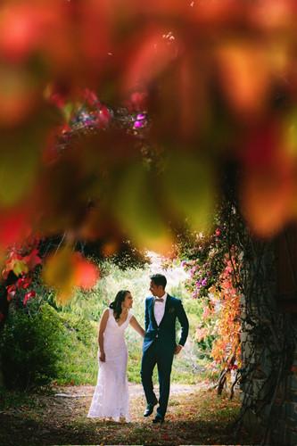 Những bức ảnh cưới tuyệt đẹp mang màu sắc của mùa thu - Ảnh 2.