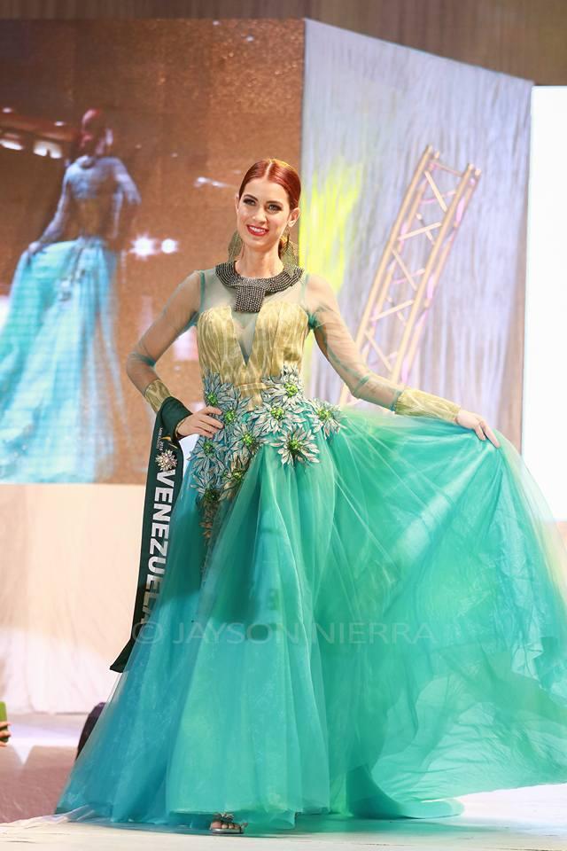 Những bộ cánh thời trang kém đẹp tại Hoa hậu Trái đất 2016 - Ảnh 10.