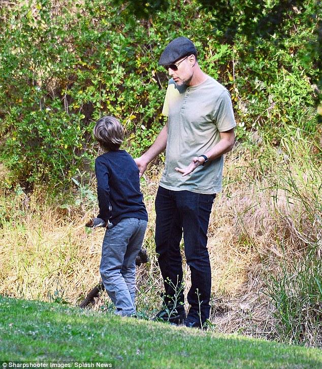 Anh trai Angelina Jolie thế chân Brad Pitt? - Ảnh 3.