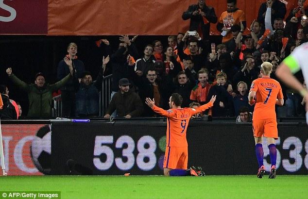 VIDEO, Hà Lan 4-1 Belarus: Chiến thắng ấn tượng - Ảnh 1.