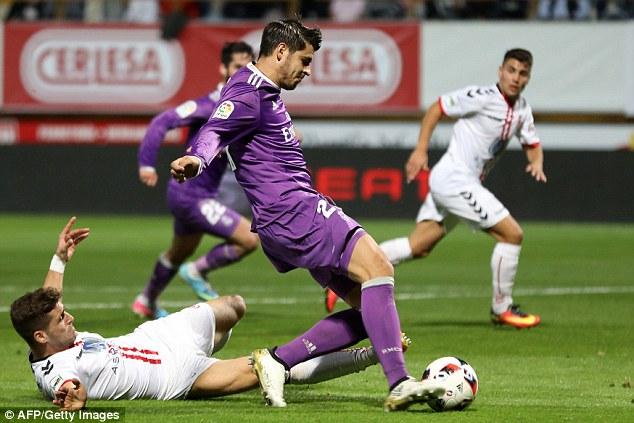 VIDEO, Cultural Loenesa 1-7 Real Madrid: Không BBC vẫn đại thắng! - Ảnh 1.