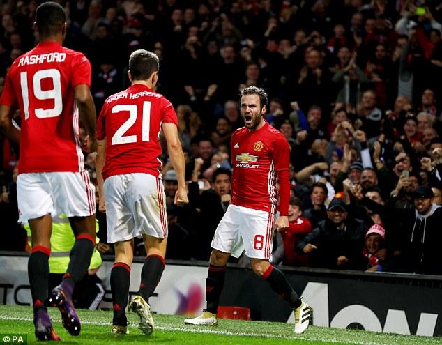 Manchester United - Burnley: Tiếp đà hồi sinh (21h00 ngày 29/10) - Ảnh 1.