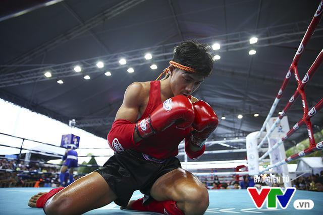 ABG 2016: Độc cô cầu bại Nguyễn Trần Duy Nhất ngạo nghễ trên sàn đấu Muay Thái - Ảnh 5.