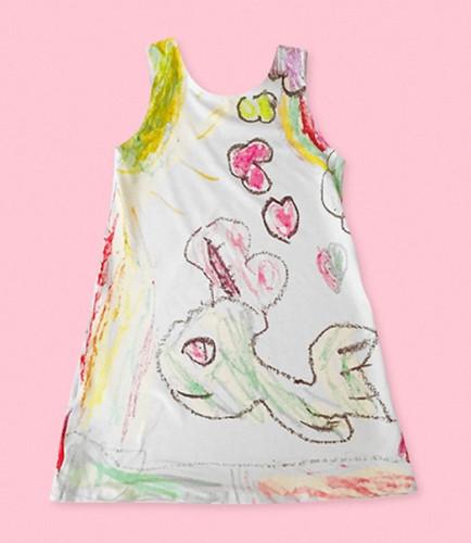 Nhà thiết kế may váy theo bản vẽ của các con mình - Ảnh 3.