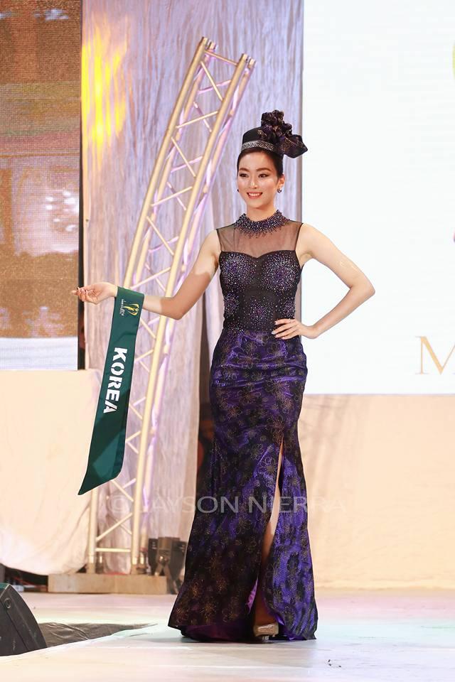 Những bộ cánh thời trang kém đẹp tại Hoa hậu Trái đất 2016 - Ảnh 11.