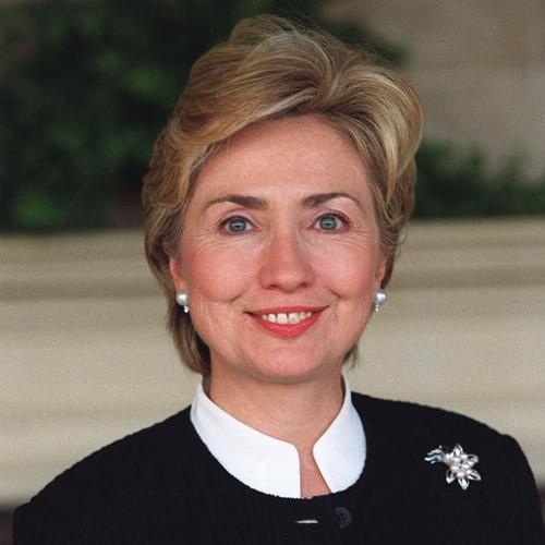Thời trang tóc của bà Hillary Clinton thay đổi qua năm tháng - Ảnh 8.