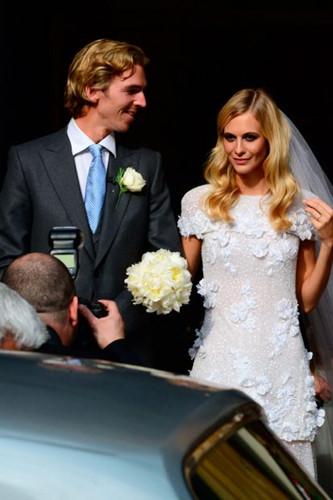 Đám cưới lộng lẫy của những người nổi tiếng - Ảnh 10.