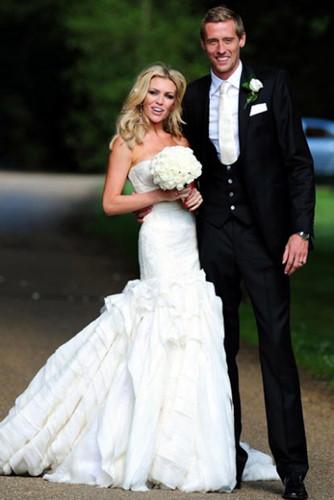 Đám cưới lộng lẫy của những người nổi tiếng - Ảnh 13.