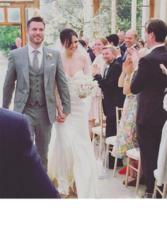 Đám cưới lộng lẫy của những người nổi tiếng - Ảnh 3.