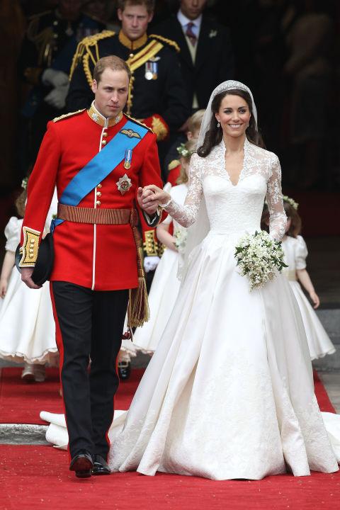 9 chiếc váy cưới có giá trên trời khiến cô dâu nào cũng mơ ước - Ảnh 5.