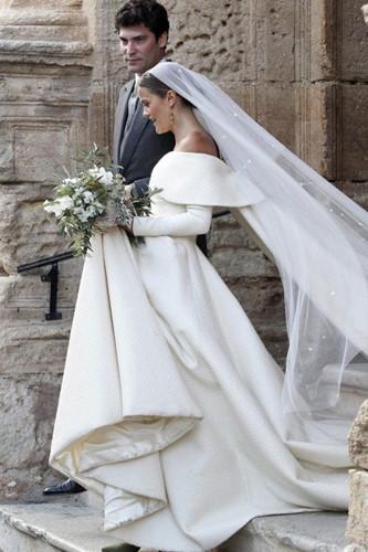 Đám cưới lộng lẫy của những người nổi tiếng - Ảnh 4.