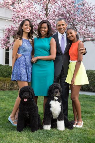 Gia đình Tổng thống Obama thay đổi thế nào trong 8 năm qua? - Ảnh 8.