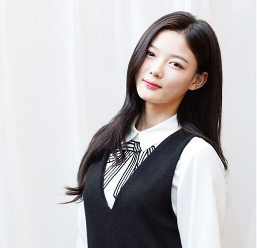 """Lý do khiến """"em gái quốc dân"""" Kim Yoo Jung được người người yêu mến - Ảnh 8."""