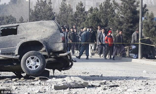 Afghanistan: Đánh bom xe ô tô, nhiều người bị thương - Ảnh 6.