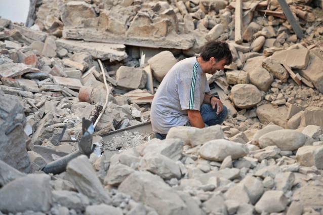 Italy công bố hàng loạt biện pháp hỗ trợ nạn nhân động đất - Ảnh 1.