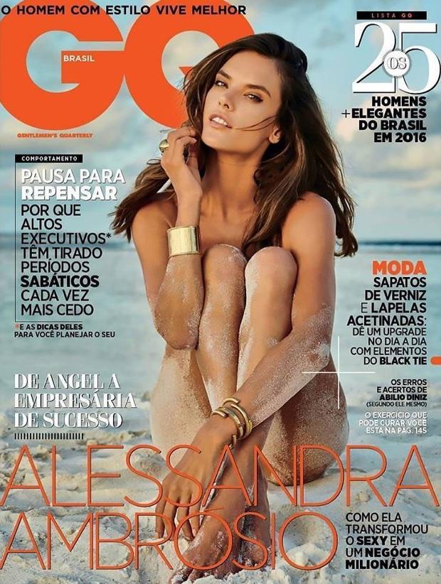 Chân dài đình đám người Brasil khoe thân hình cực nóng bỏng - Ảnh 1.