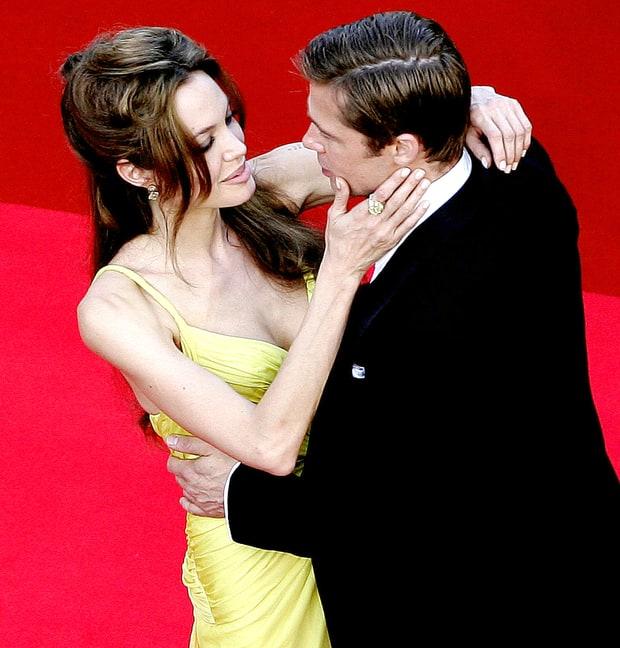 Những khoảnh khắc tưởng như không thể rời xa của Angelina Jolie - Brad Pitt - Ảnh 2.