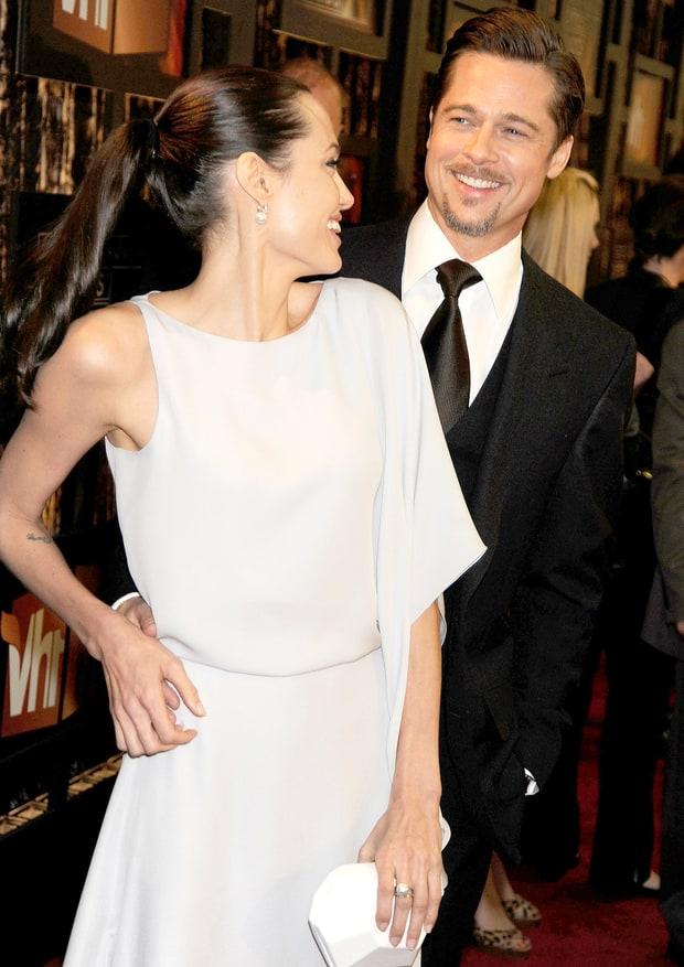 Những khoảnh khắc tưởng như không thể rời xa của Angelina Jolie - Brad Pitt - Ảnh 7.
