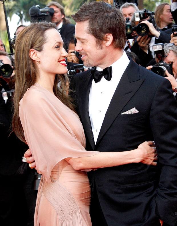 Những khoảnh khắc tưởng như không thể rời xa của Angelina Jolie - Brad Pitt - Ảnh 10.