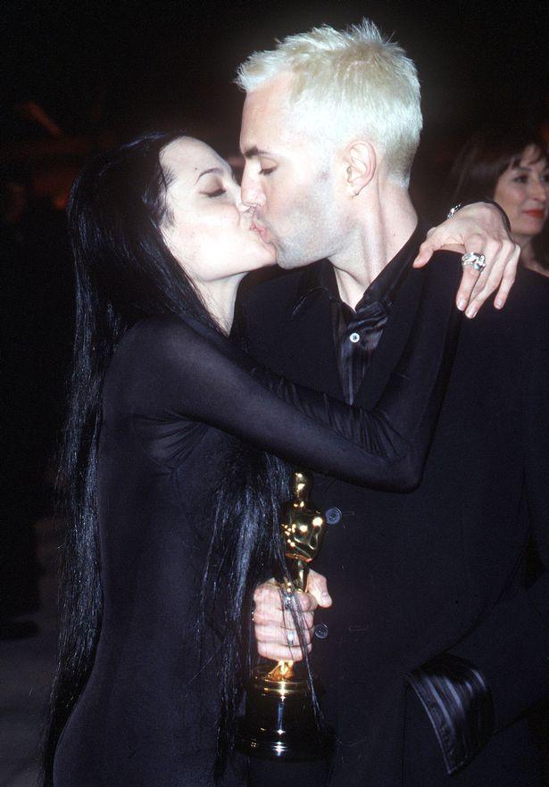 Anh trai Angelina Jolie thế chân Brad Pitt? - Ảnh 1.