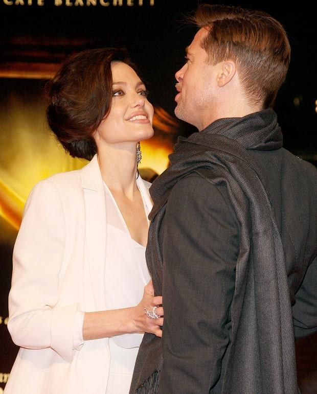 Những khoảnh khắc tưởng như không thể rời xa của Angelina Jolie - Brad Pitt - Ảnh 8.