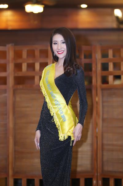 Đại diện Việt Nam dự thi Hoa hậu Liên lục địa bị ném đá vì tiếng Anh kém - Ảnh 3.