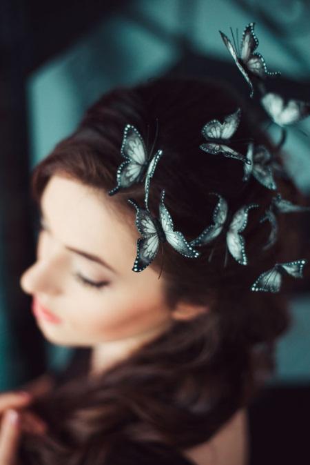 Mê mẩn loại bờm tóc lên ý tưởng từ các loài bướm rực rỡ - Ảnh 5.