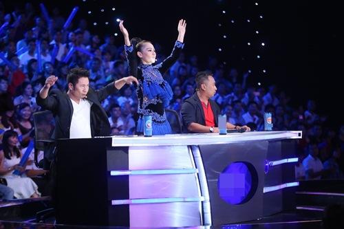 Khoảnh khắc quậy của Thu Minh và thí sinh ở CK Vietnam Idol - Ảnh 9.