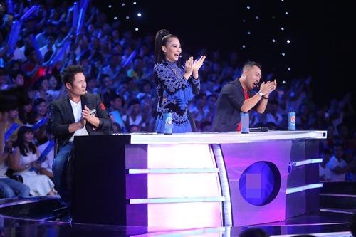 Khoảnh khắc quậy của Thu Minh và thí sinh ở CK Vietnam Idol - Ảnh 10.