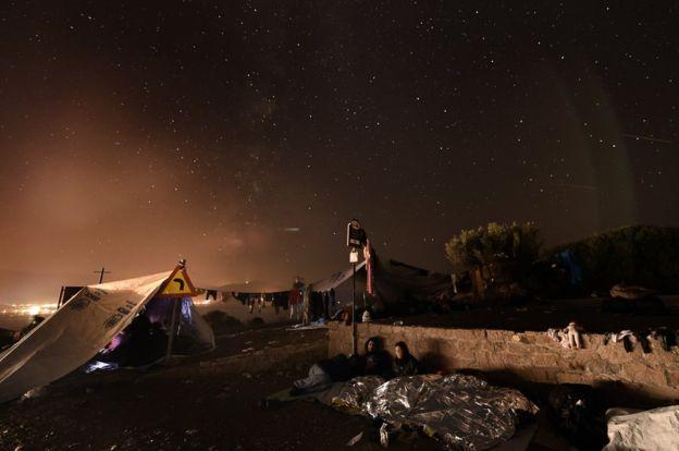 Loạt ảnh về người di cư tại Lesbos giành giải Nhiếp ảnh báo chí - Ảnh 9.