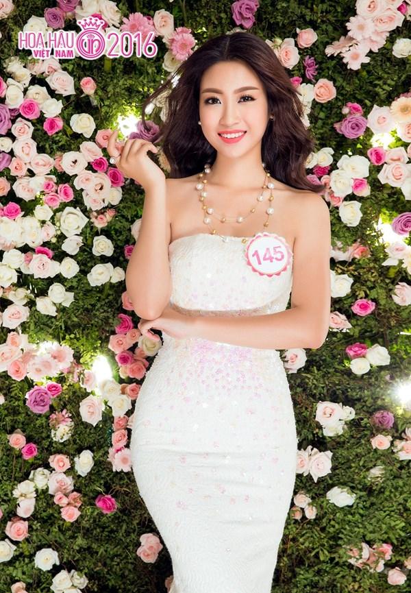 """Đỗ Mỹ Linh đăng quang Hoa hậu Việt Nam 2016: Một bất ngờ không hề """"nhẹ""""! - Ảnh 7."""